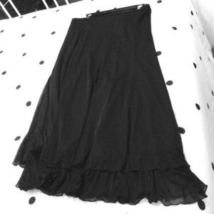 Dresses & Skirts - Black skirt with frill on the bottom!